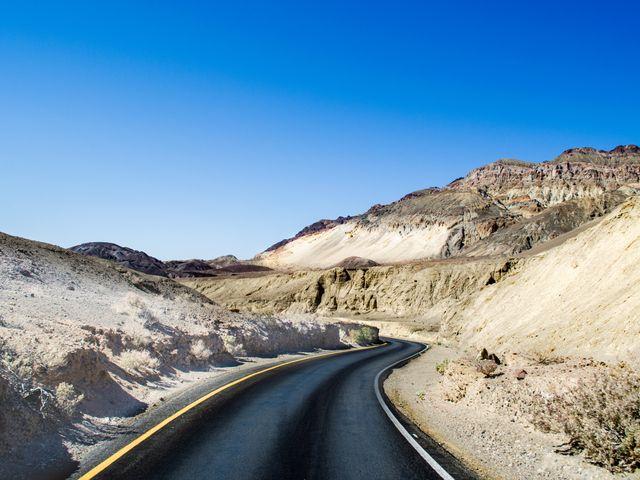 Weg in Death Valley National Park