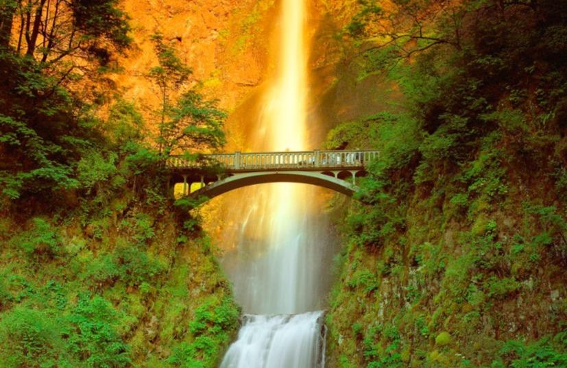 Multnomah Falls outside Portland