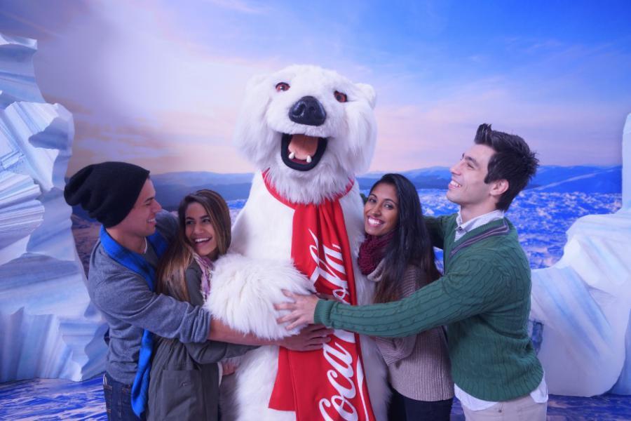 World Coca Cola Polar Bear Four Friends