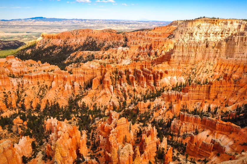 View of Bryce Canyon national park landscape before sunset, Utah